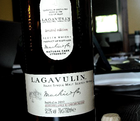 Lagavulin Distillery Edition
