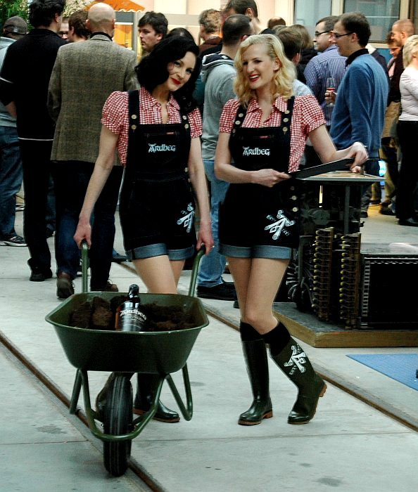 Ardbeg Girls with a wheelbarrow