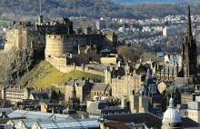 800px-Edinburgh_Castle_Rock